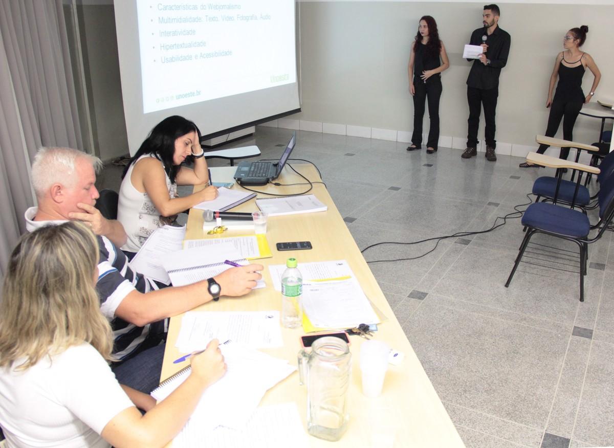 Alunos apresentam TCC de reformulação do laboratório ECO