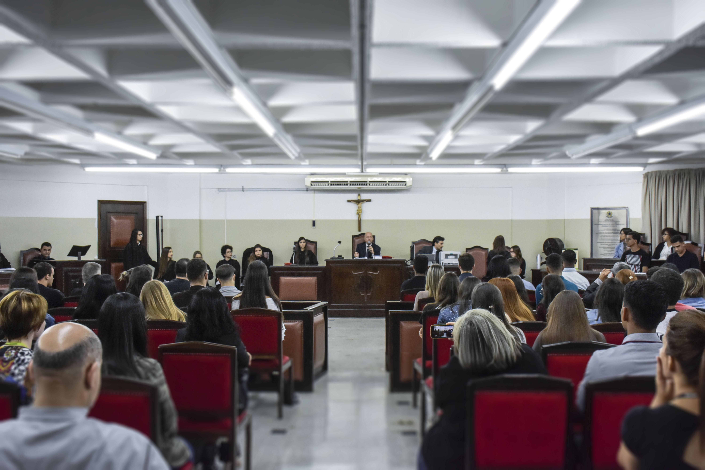 Alunos da Facopp participam da cobertura do Júri Simulado no curso de Direito