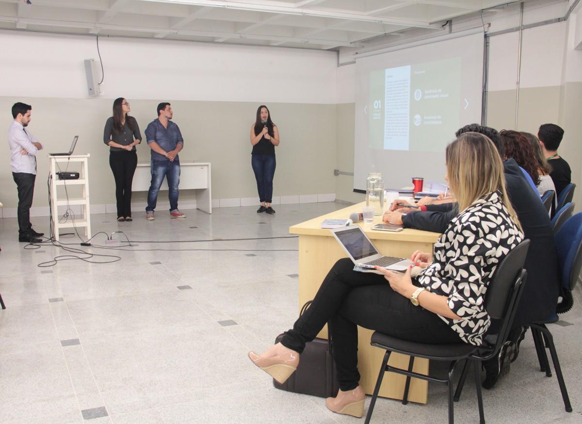 Estudantes de Publicidade promovem ações comunicativas para a empresa Lumeline