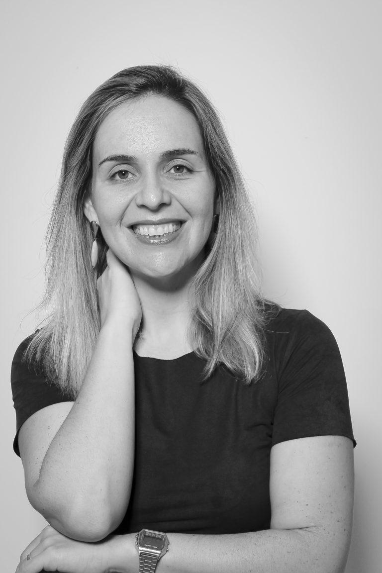 Mestre Carolina Zoccolaro Costa Mancuzo, Coordenadora dos Cursos de Jornalismo e Tec. em Fotografia. Crédito: Felipe Piquione.