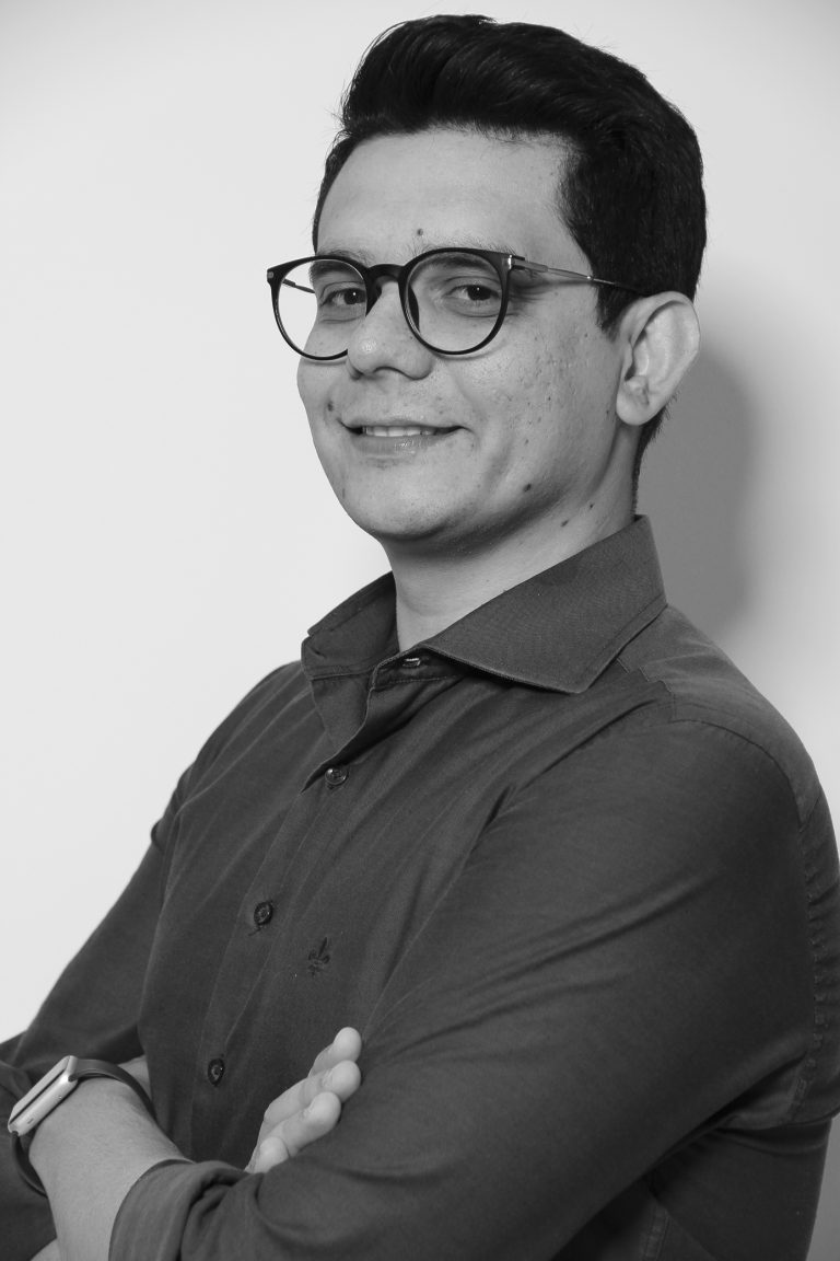 Mestre Matheus Monteiro de Lima, professor no Curso de Publicidade e Propaganda. Crédito: Felipe Piquione.