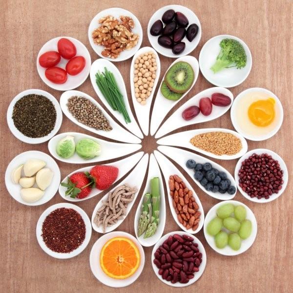 Nutricionista dá dicas de refeições saudáveis para universitários