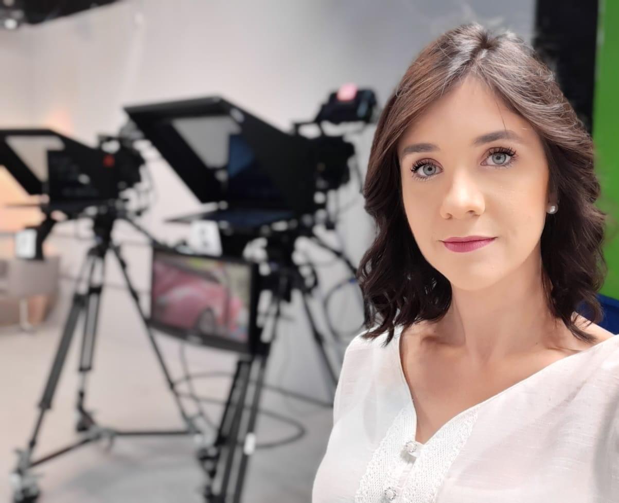 Conheça a trajetória acadêmica e profissional da jornalista
